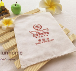 Hotel disposable shoe shine cloth