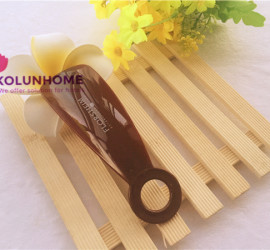 Personalized plastic shoe horn